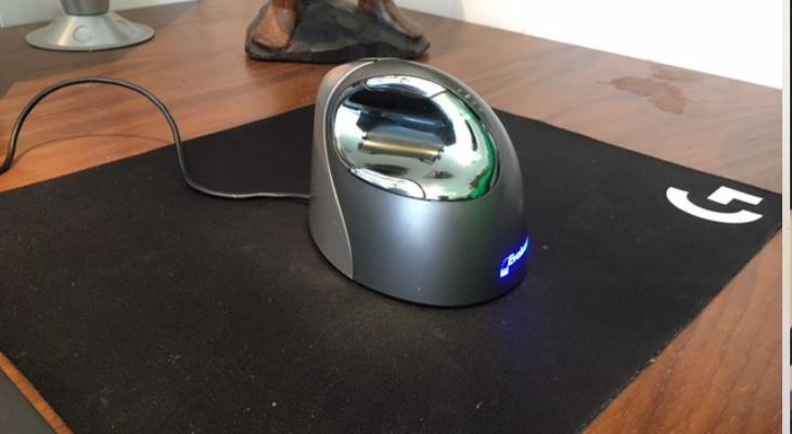 best mouse for carpal tunnel evoluent 4 laptop desk setup